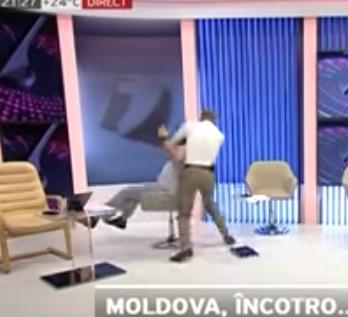 Políticos de Moldavia se agarran a golpes en programa de Tv